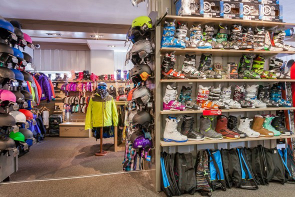les_balcons_de_val_thorens_magasin_de_sport_surf_ski_shop_intersport_img_8073_acr7_web_2048.jpg