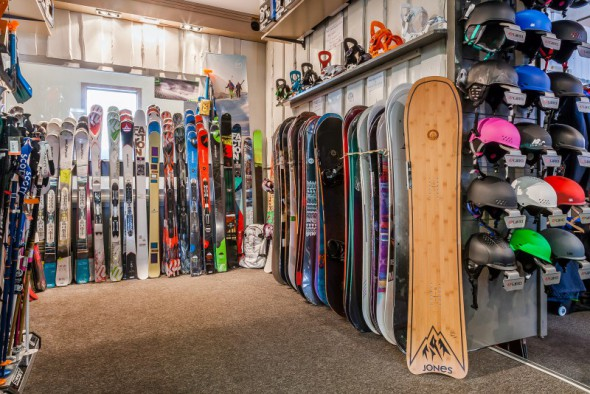 les_balcons_de_val_thorens_magasin_de_sport_surf_ski_shop_intersport_img_8079_acr7_web_2048.jpg